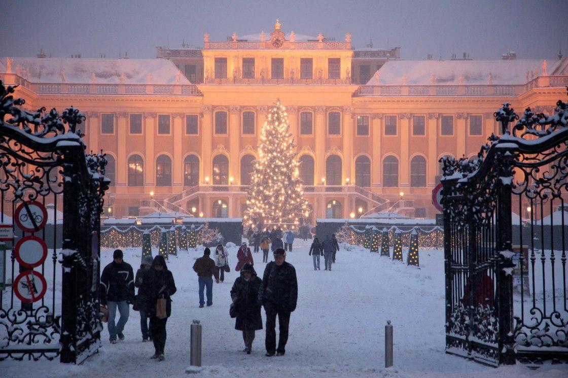wien christmas schönbrunn weihnachtsmarkt