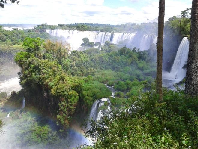 Thebetterplaces_Iguazufalls_panorama.jpg