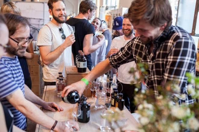 the-better-places-daydrinking-jessie-helena-schoeller-gloria-vonbronewski-munich-berlin-markthalle-neun-bar-best-restaurantBildschirmfoto 2017-06-28 um 23.21.08
