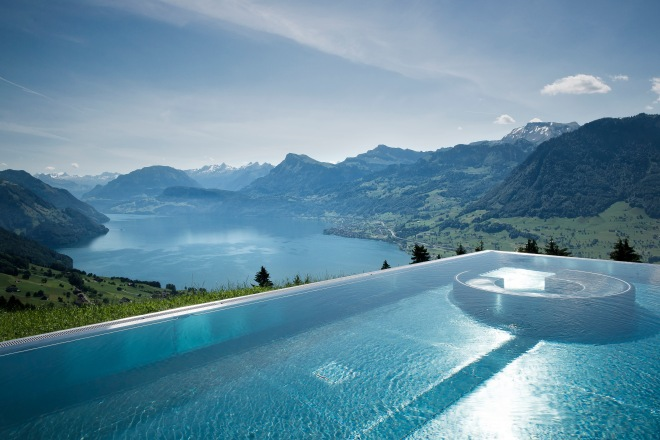 hotel-villa-honegg-pooloutdoor-thebetterplaces-pool.jpg