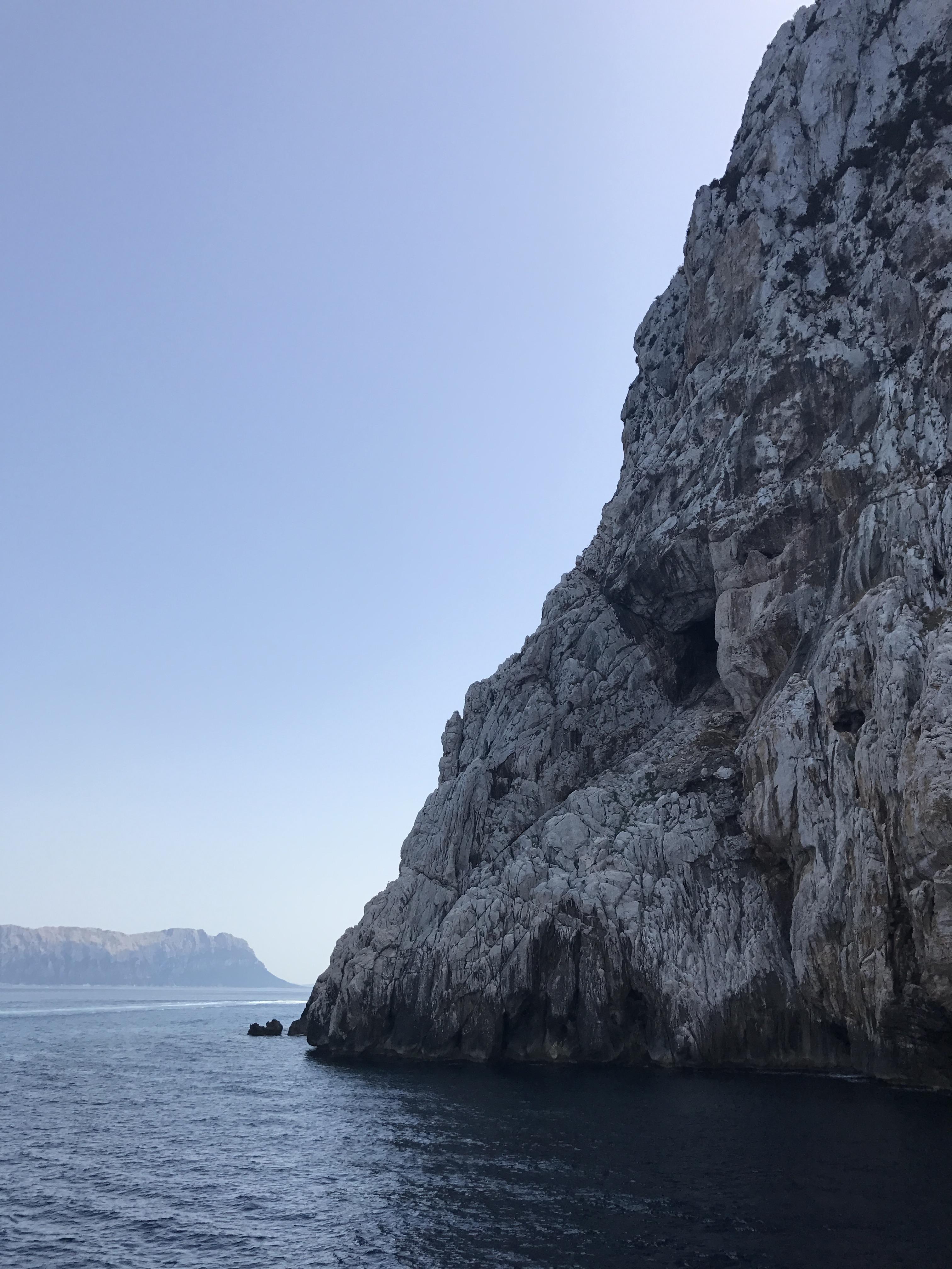 thebetterplaces_sardinien_Bays_Tavolara_Italy.JPG