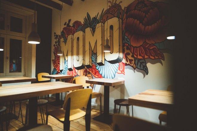the-better-places-momo-ramen-hamburg-restaurant-foodguide-cityguide-schoeller-jessie-vonbronewski-gloria-schoeller-helena-reiseblog-travel-blogJÄGERMEISTER_x_BARTOUR-20