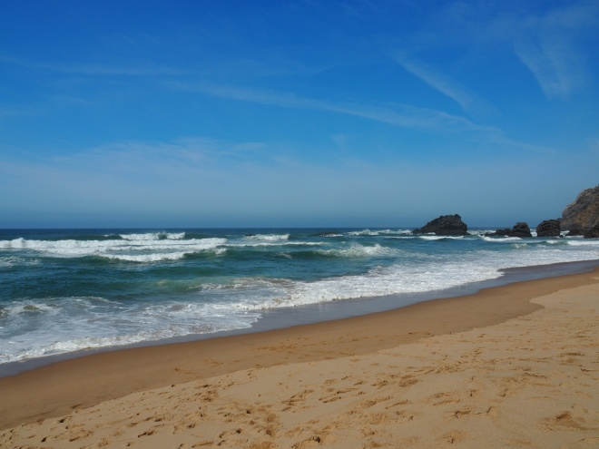 Thebtterplaces_sintra_portugal_winterescape_surfing.JPG