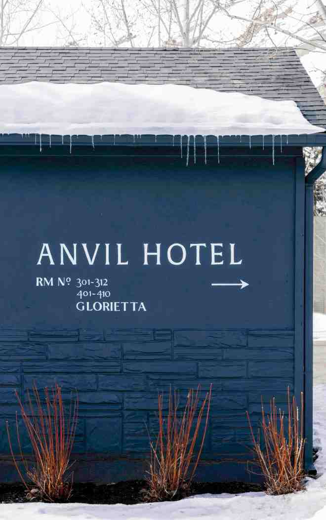 Anvil_Hotel_Wyoming_Design_Hotel_TheBetterPlaces_travel_blog_germany_9.jpg
