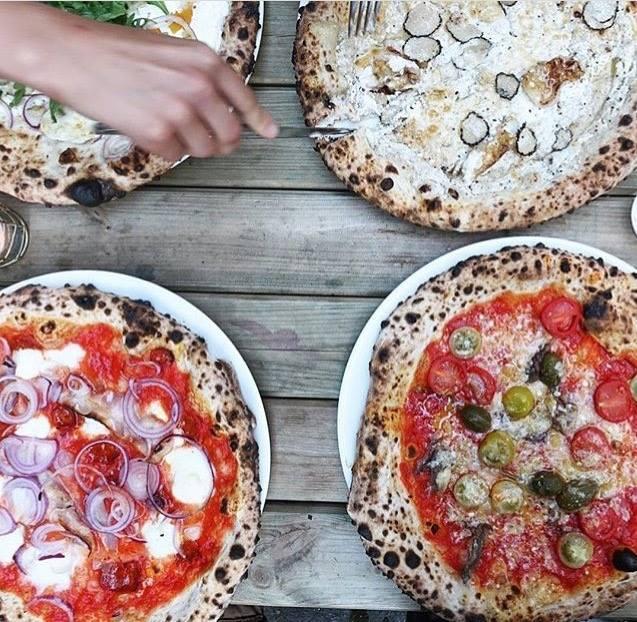 Jills Pizza Hamburg best Pizzeria Restaurant The Better Places Travelblog Foodguide